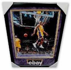 Kobe Bryant Hand Signed Autographed 16x20 Photo Vintage Pass Shaq Framed PSA/DNA