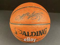 PSA/DNA CERTIFIED Kobe Bryant AUTOGRAPHED Basketball Los Angeles Lakers AUTO