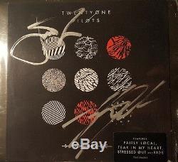 21 Twenty One Pilotes Josh Tyler Joseph Signé Autographié CD Blurry Visage Psa / Adn