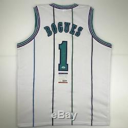 Autographié / Signé Muggsy Bogues Charlotte Blanc Basketball Jersey Psa / Adn Coa