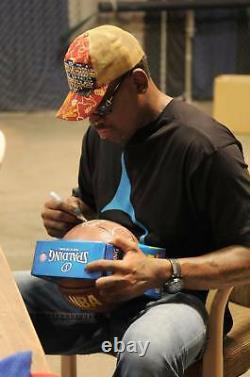 Dennis Rodman A Signé Basketball Psa/adn Cao Bulls Pistons Spurs Lakers Ball Auto
