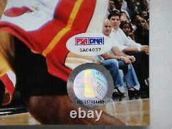 Derrick Rose Psa/dna Signé 16x20 Photographe Autographe Chicago Bulls Mvp Lebron