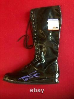 Engagement, Autographié (psa / Dna Itp) Wwe Black Boot (scarce / Vintage)