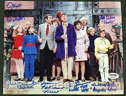 Gene Wilder + Willy Wonka Enfants X6 Cast Signé 8x10 Usine Psa Photo / Adn Loa Coa