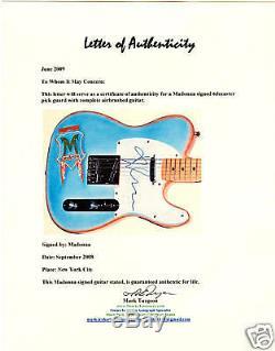 Guitare Autographiée Par Madonna Avec Exact Proof Psa Dna Authentic Stunning
