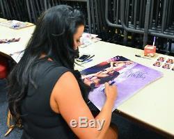 Kelly Kelly Et Michelle Candice Signed Wwe 16x20 Photo Psa / Adn Coa Playboy Auto'd