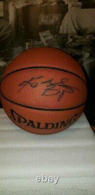 Kobe Bryant Signé Fs Officiel Nba Basketball Psa/adn Sticker Seulement Lakers