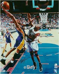 Kobe Bryant Signée À La Main Autographié 16x20 Photo Vintage Mutombo Big Psa Trempent / Adn