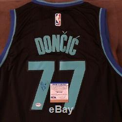 Luka Doncic Signé Jersey Dallas Mavericks Autographié Auto XL + Nouveau Psa Adn Coa
