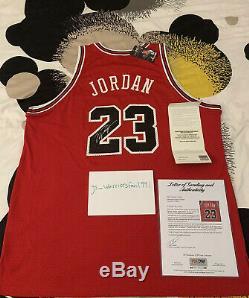 Michael Jordan Signé Autographié Upper Deck Uda Rookie Red Jersey + Psa / Adn Coa