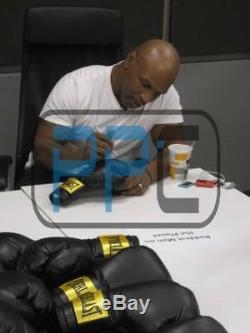 Mike Tyson Authentique Signé Autographié Gant De Boxe Noir Psa / Adn Pti
