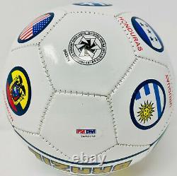 Pelé Signé Brésil Soccer Ball Autographed Country Flags Psa/dna Itp Coa Pelé Signed Brazil Soccer Ball Autographed Country Flags Psa/dna Itp Coa Pelé