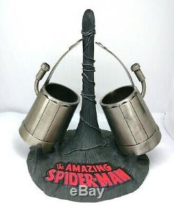 Rare Signé Stan Lee Spider-man Full Sized Métal Web Tireurs Prop Psa / Adn Coa