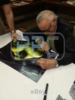 Stan Lee Authentique Signé Hulk 16x20 Photo Marvel Comics Psa / Dna 2
