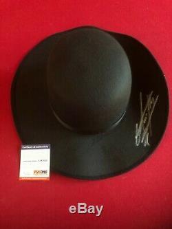 Undertaker, Autographié (psa / Adn Pti) Hat Wwe Round (scarce / Vintage)